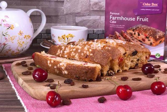 D020 Farmhouse Fruitcake