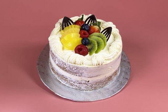 "UR009 6"" Victoria Style Naked Fruity Cake"