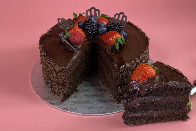 "UR601 8"" & 10"" Chocolate Deluxe Cake"