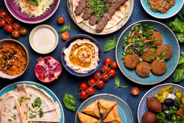 Mixed Cold Mezze (For 2 Persons)
