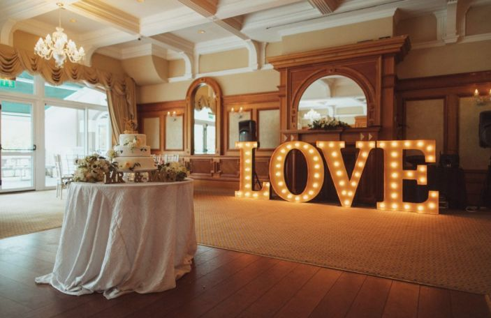 Top tips on decorating your wedding venue, according to the experts