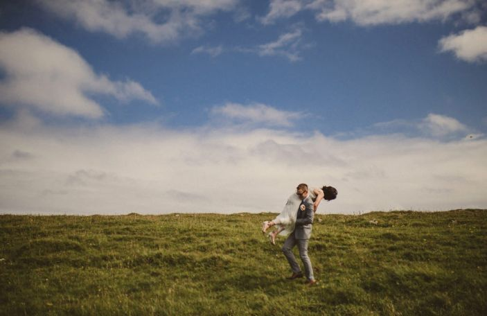 How to maximise your time with your wedding photographer, according to the experts