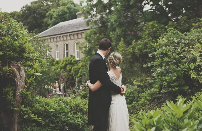 Cathy and Paddy's chilled out wedding at Ballyvolane House, Co. Cork