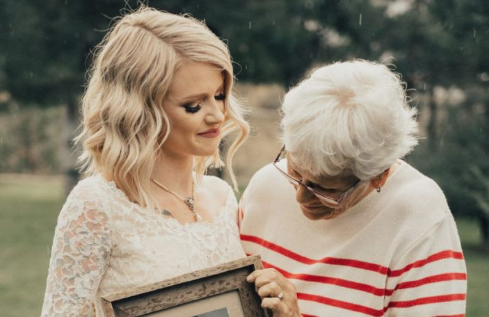 Bride surprises her grandmother by wearing her wedding dress 55 years later