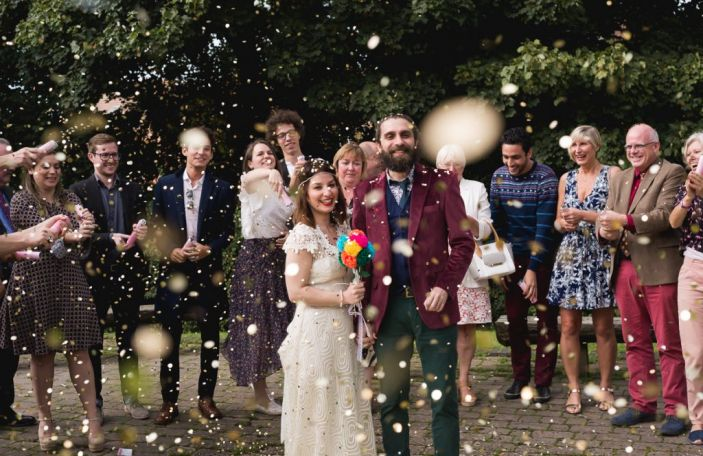 This couple planned their wedding on a budget of €2500 and it's gorgeous!
