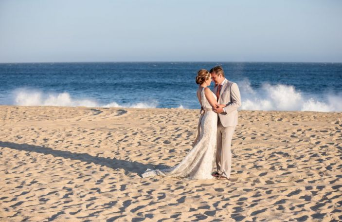 Dawn and Sean's eclectic Mexican wedding in Los Cabos