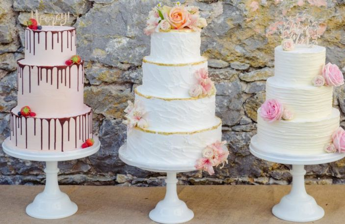 Wedding Cake Advice from Cakes by Dawn