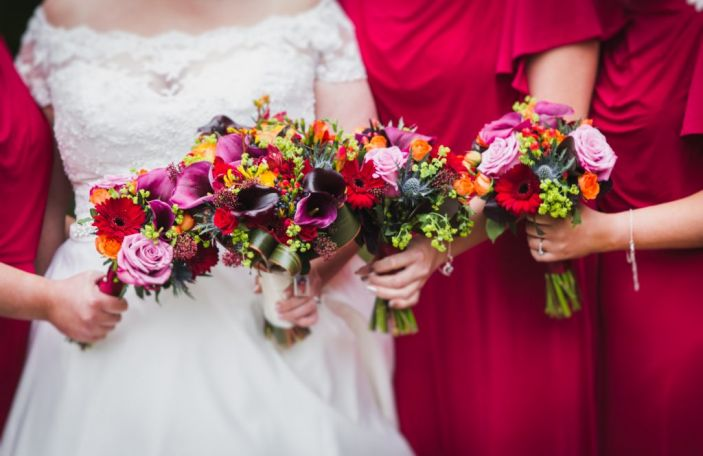 7 expert tips on choosing your wedding flowers