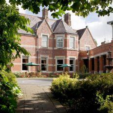 Brandon House Hotel
