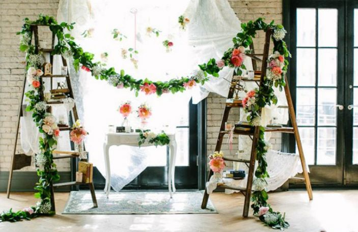 Trend Alert: 5 ways to incorporate ladders into your wedding decor
