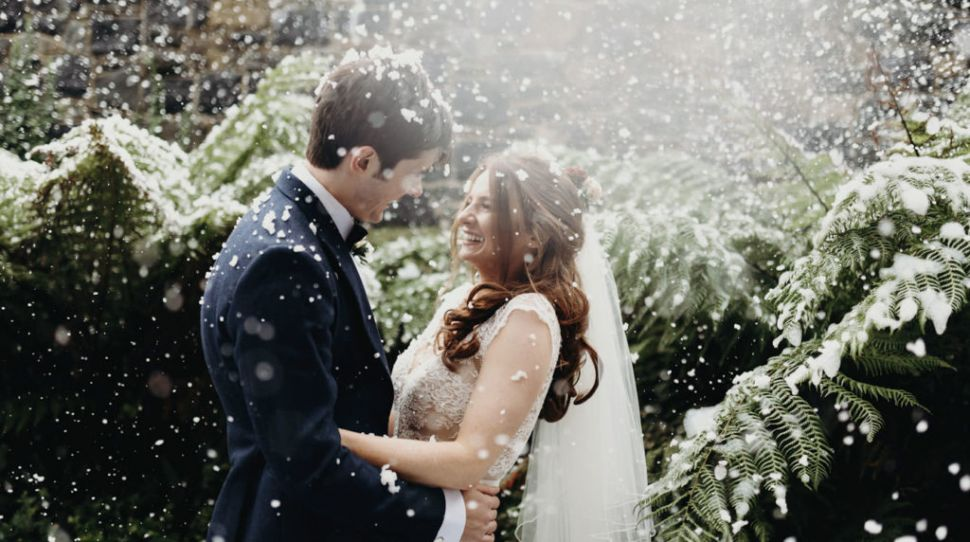 Winter Wedding Timeline Tips To Get the Most Out of Your Day