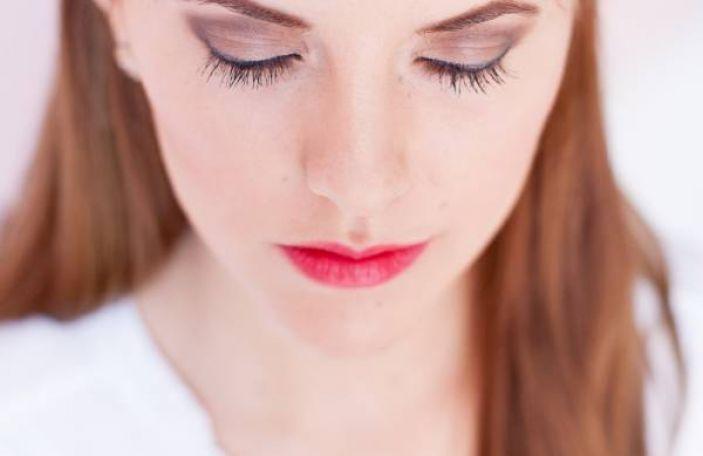 Makeup Tutorial: Warm Smoky Eye with Benefit Cosmetics