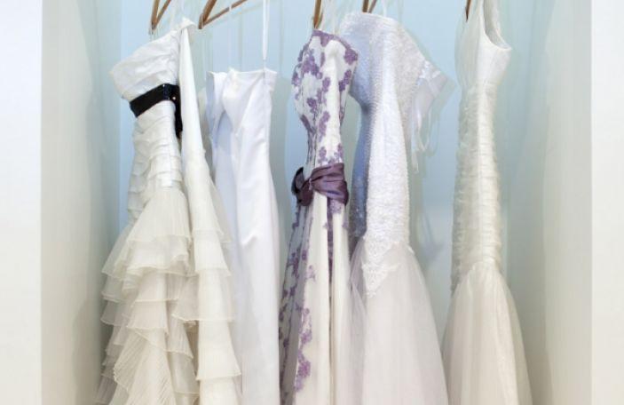 Close Buy: Irish Wedding Dress Suppliers To Know