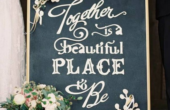 8 Sweet Signage Ideas for Your Wedding Day