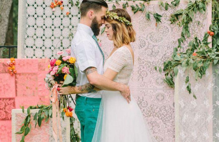 5 Beautiful and Easy DIY Wedding Backdrops