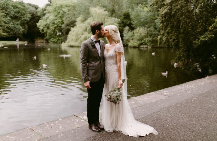 Aimee and David's Dublin city wedding celebration at Thomas Prior Hall