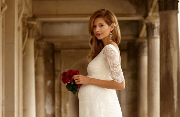 Maternity wedding dresses: top tips for wedding dress shopping if you're one hot mama