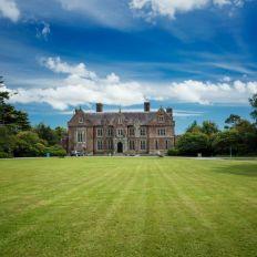 Wells House & Gardens