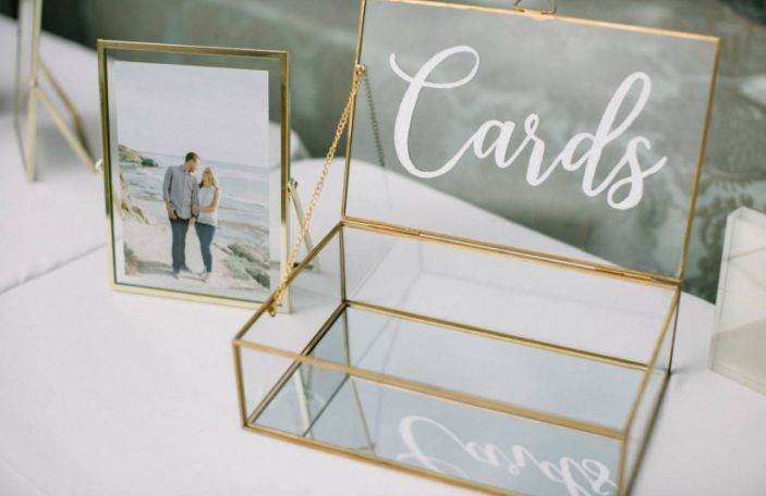 How to Ask For Cash Wedding Gifts (Politely!)