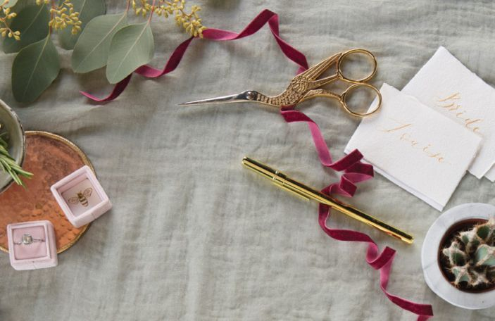 2019 Wedding Themes: Florals, Stationery and Cake Inspo