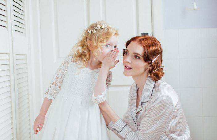 5 things no one tells you about getting wedding day hair and makeup done