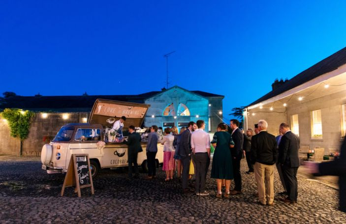 7 deadly food trucks and drinks vans for alternative weddings