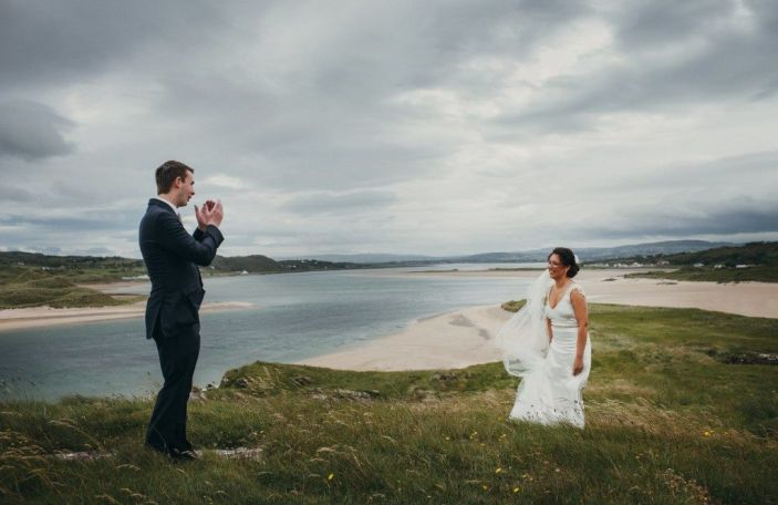 5 first look photo mistakes couples always make