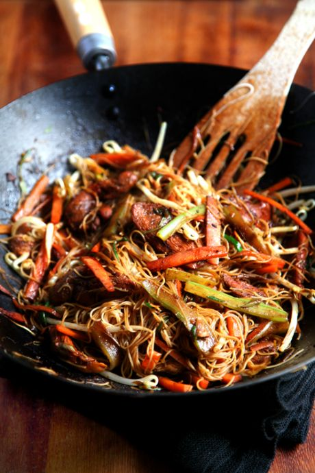 Healthy Singapore Noodles | DonalSkehan.com, Delicious, healthy & ready in a flash!