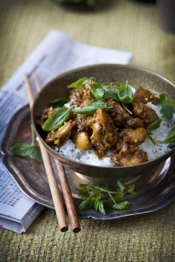 Chilli and Lemongrass Chicken | DonalSkehan.com, Delicious and quick mid week dinner.