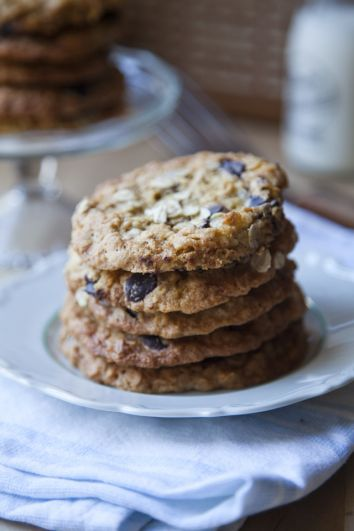 Chocolate Chip, Oat and Raisin Cookies | DonalSkehan.com, Crumbly, chewy, cookie perfection!