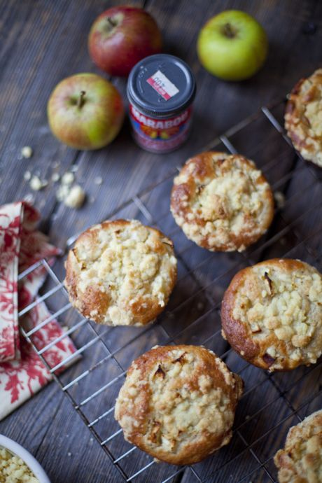 Apple and Cinnamon Crumble Muffins | DonalSkehan.com, An apple crumble & muffin in one...Oh yeah!