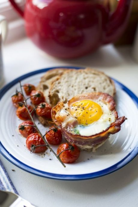 Breakfast Egg Cups   DonalSkehan.com, All your favourite breakfast ingredients rolled into one muffin-shaped morsel!