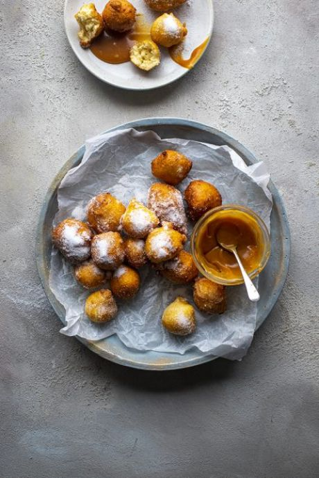 10 Minute Buttermilk Vanilla Donuts with Spiced Caramel | DonalSkehan.com