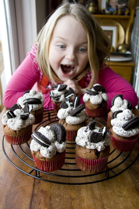 Chocolate Chip Oreo Cupcakes | DonalSkehan.com, Perfect for birthday parties.