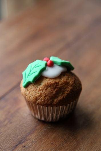 Christmas Cupcake Recipe | DonalSkehan.com, A dainty alternative to traditional christmas dessert.