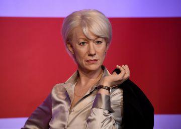 Helen Mirren meets her 3 wax figures at Madame Tussauds