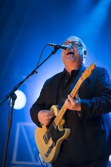 The Pixies live