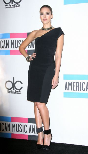 Happy birthday Jessica Alba!