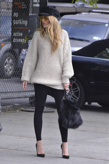 Gossip Girl's Blake Lively does fashion shoot