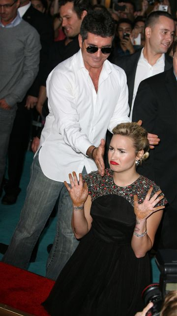 Celebrities do the funniest things