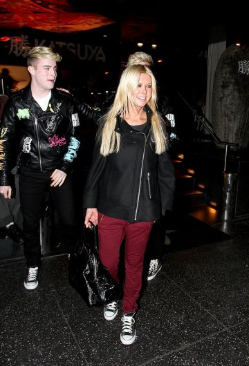 Tara Reid and Jedward out for dinner AGAIN