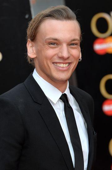 The Olivier Awards 2015 - Red Carpet