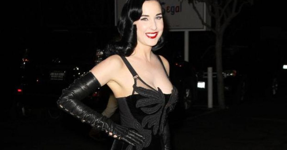48b976a8134 Watch  Corset connoisseur Dita Von Teese says the Kardashians are doing it  wrong