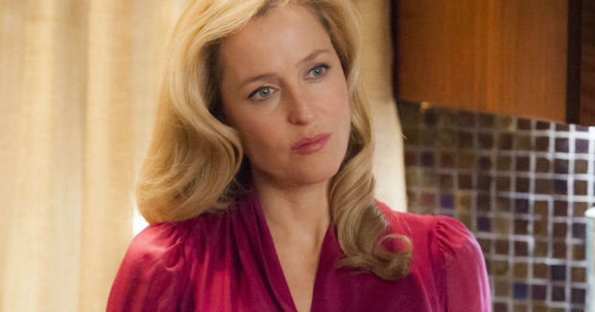 Gillian Anderson Poses Naked For PETA Anti-Fur Campaign