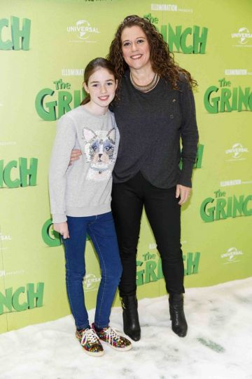 Orla Gilligan and Theresa Gilligan pictured at the Irish premiere screening of The Grinch at ODEON Point Village, Dublin. Picture Andres Poveda