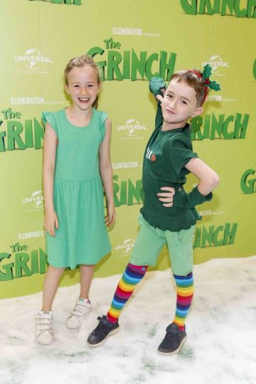 Isabelle Phelan (8) and Danielle Carolan (8) pictured at the Irish premiere screening of The Grinch at ODEON Point Village, Dublin. Picture Andres Poveda