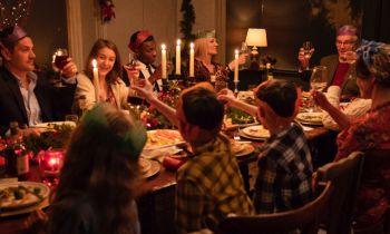 Surviving-Christmas-with-the-Relatives-Movie-still