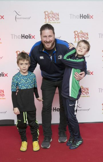 Pictured  Eion Tughe andwith Alex and Zach   at the opening night of The Helix Pantomime, Robin Hood on Saturday night.   Photo: Leon Farrell/Photocall Ireland.