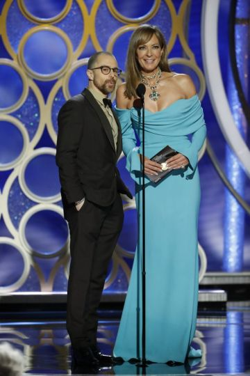 Presenters Sam Rockwell and Allison Janney  speak onstage during the 76th Annual Golden Globe Awards at The Beverly Hilton Hotel on January 06, 2019 in Beverly Hills, California.  (Photo by Paul Drinkwater/NBCUniversal via Getty Images)