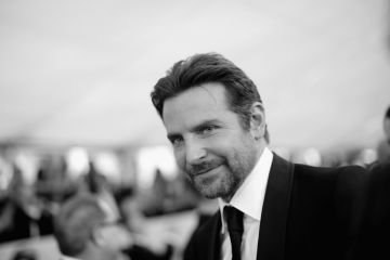 LOS ANGELES, CA - JANUARY 27:   (EDITORS NOTE: Image has been shot in black and white. Color version not available.)  Bradley Cooper attends the 25th Annual Screen Actors Guild Awards at The Shrine Auditorium on January 27, 2019 in Los Angeles, California. 480620  (Photo by Charley Gallay/Getty Images for Turner)